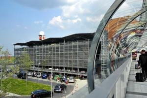 Dresden Airport Transport Zum Flughafen S Bahn S2 Taxi