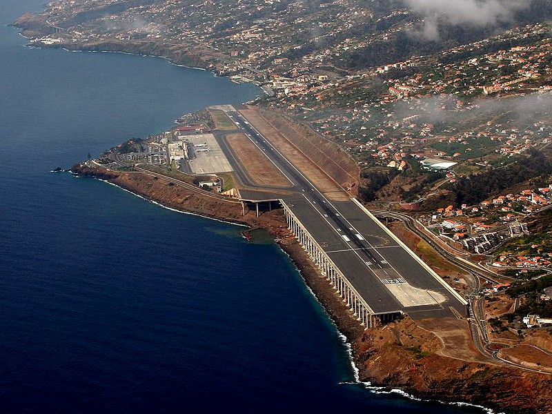 Madeira Flughafen Ankunft
