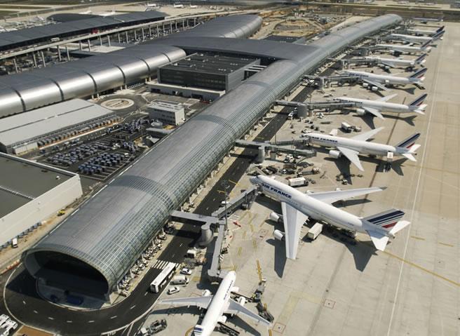 Paris Charles De Gaulle Airport Zug Transport Flughafen