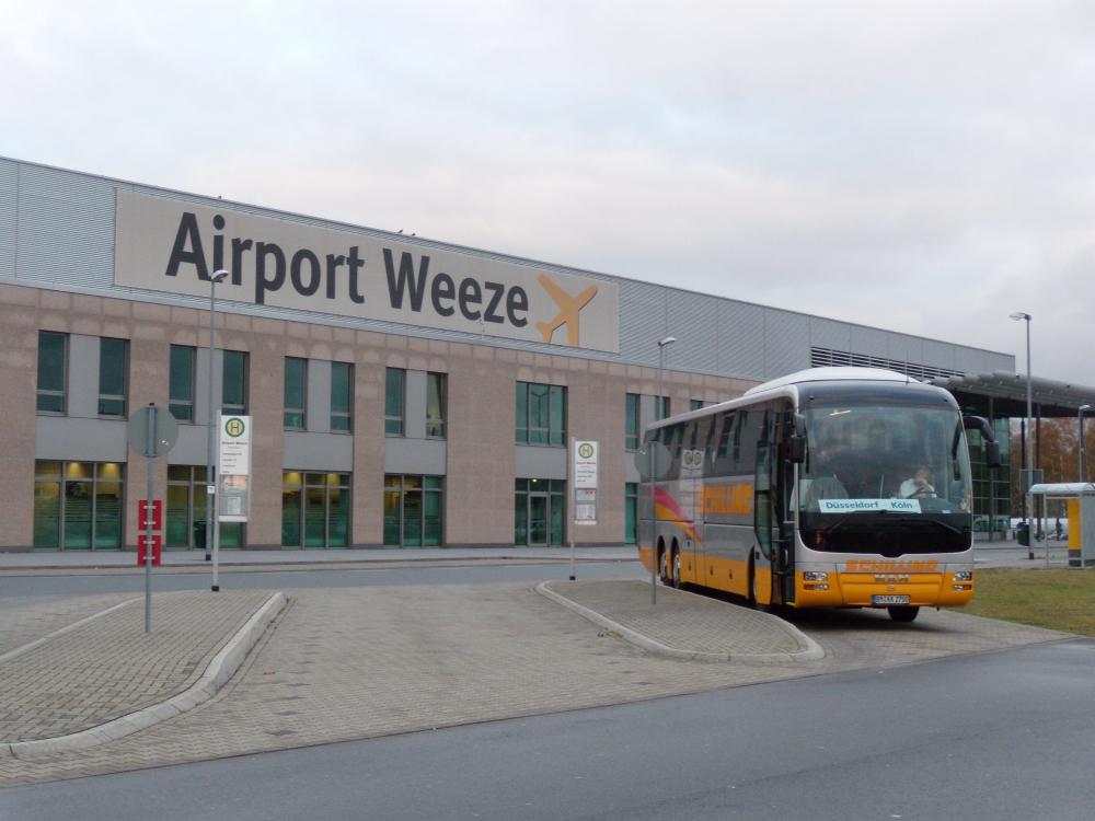 weeze airport transport von nach d sseldorf und nimwegen bus taxi. Black Bedroom Furniture Sets. Home Design Ideas